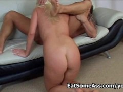Picture Wild blonde Nicki Hunter eats ass like a hun...