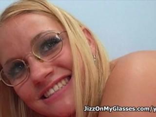 18 year feeble Mischievous slut Nicole Scarlett sucks on bangs huge penis for a nasty facial