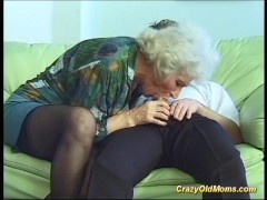 Picture Busty mom doing deepthroat sex