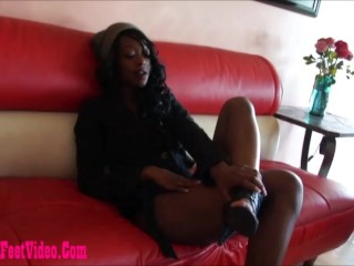 dirty black girl giving footjob and cum on feet