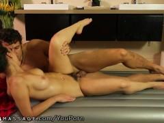 Picture Jade Nile gets Cummy during Nuru Massage