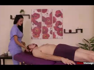 Massage Therapist Is Hot With Big Boobs And Butt