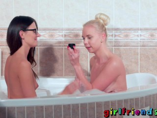 Erotic/romantic/pussy underwater girlfriends pleasuring lesbians