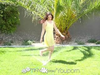 Tiny4K - Jenna Reid beats the heat with a cum shower