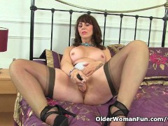 Picture Scottish milf Toni Lace takes care of her hu...