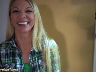 Amateur Mom on casting couch gets dirty