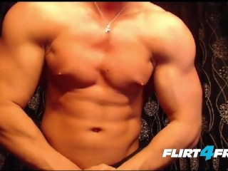 Dick/show/toned hunk muscular jerks big