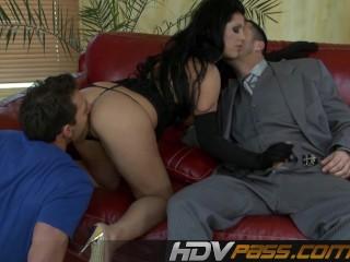 Black hair Amanda fucked in threesome.mp4