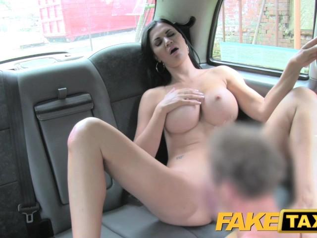 Sexy Girl Big Tits Gets Fucked