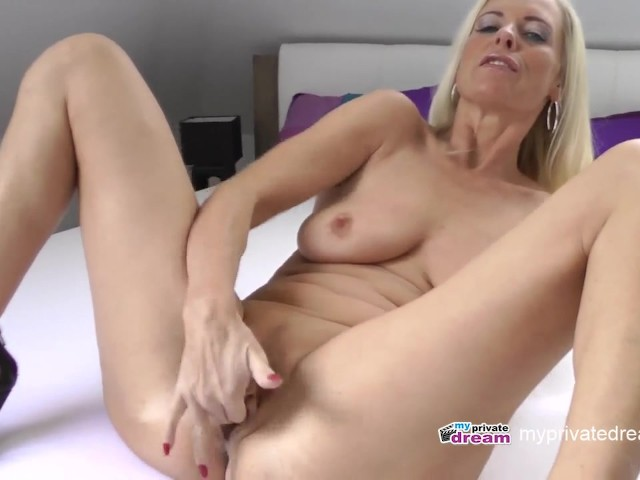Jerk Off Instruction Mommy
