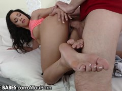 Picture FootsieBabes Teanna Trump Eats Cum from Toes