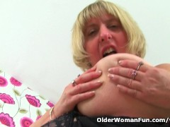 Picture English BBW milf Melons Marie needs getting...