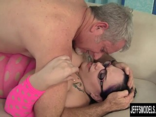 Beautiful Chubby Whore Wearing Glasses Takes a Shaft