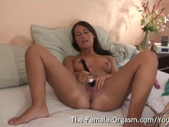 Picture Shy Young Girl 18+ Masturbates Fanny to Mult...