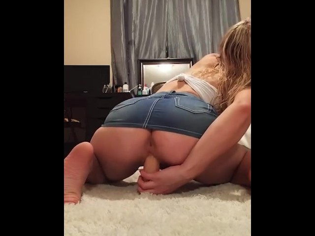 Big Latina Booty Riding