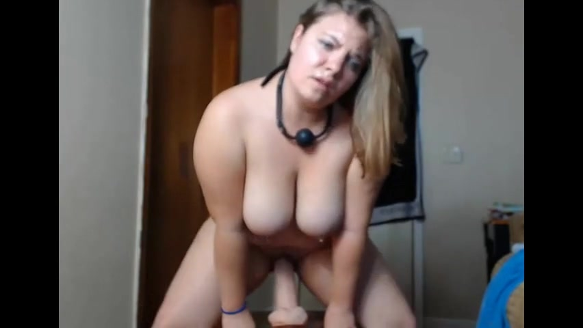 Woman who masturbate secretly