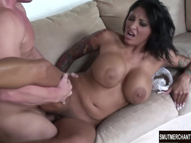 Hot Lesbian Mom Fucks Daughter