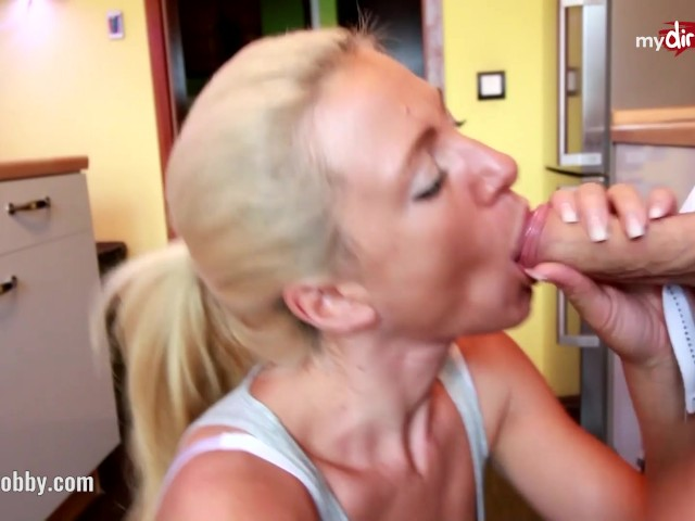 Tight young pussy massage with vladlena