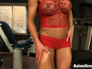 Fitness model shows and rubs her pussy for you