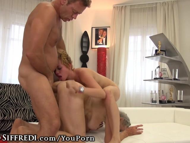 Cute Teen Twerking Naked