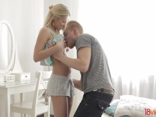 18videoz - Blonde teeny taking two cocks