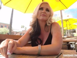 Tall Blonde Hottie Sucks off Mitt in car