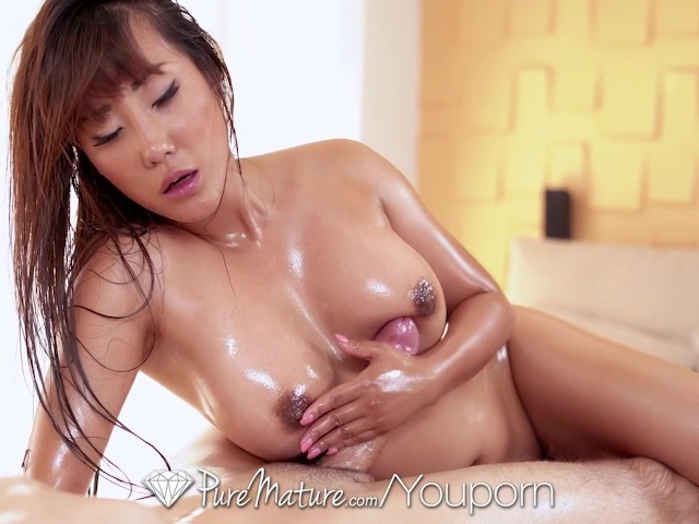 Amateur Asian Milf Massage