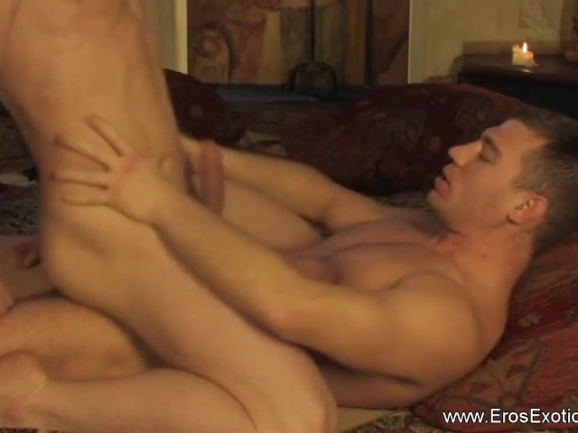 Quality porn Gay man on the bed