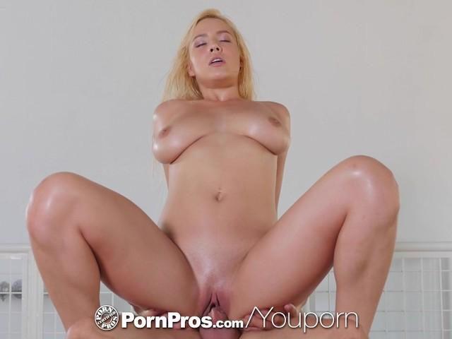 Mature Busty Blonde Fucks