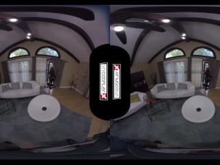 Avengers XXX VR porn Black Widow's Big Tits Take a HUGE COCK VRCosplayX.com