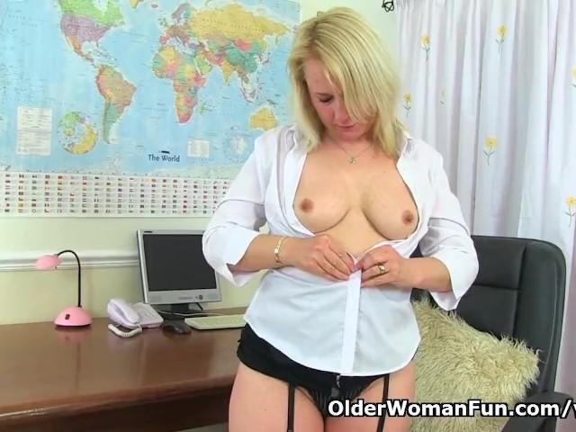 Big Tit Blonde Milf British
