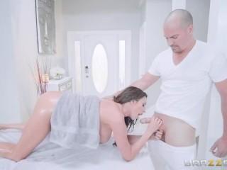 Lusty Mom Need A Rub Plus Bang – Brazzers