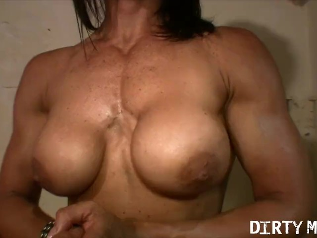 Muscular Fbb Strips And Fucks Herself With A Big Dildo -6372