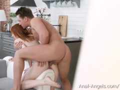 Emily Red - Chick puts...