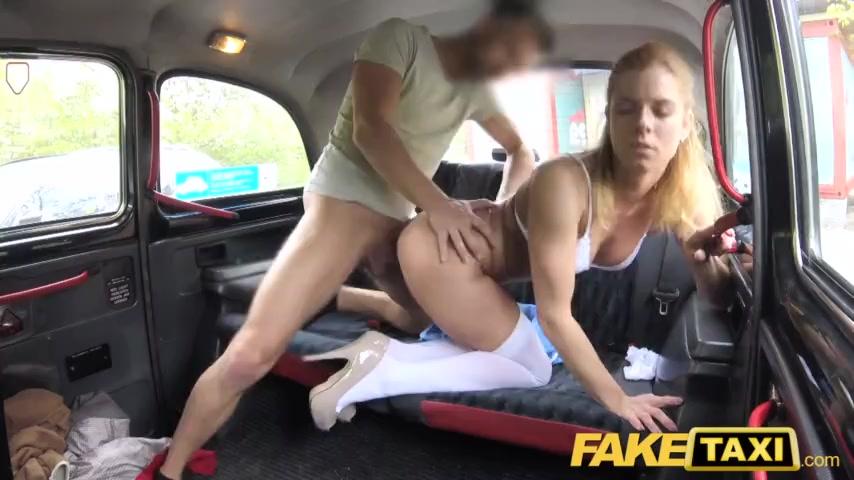 Реалити видео баба в такси секс