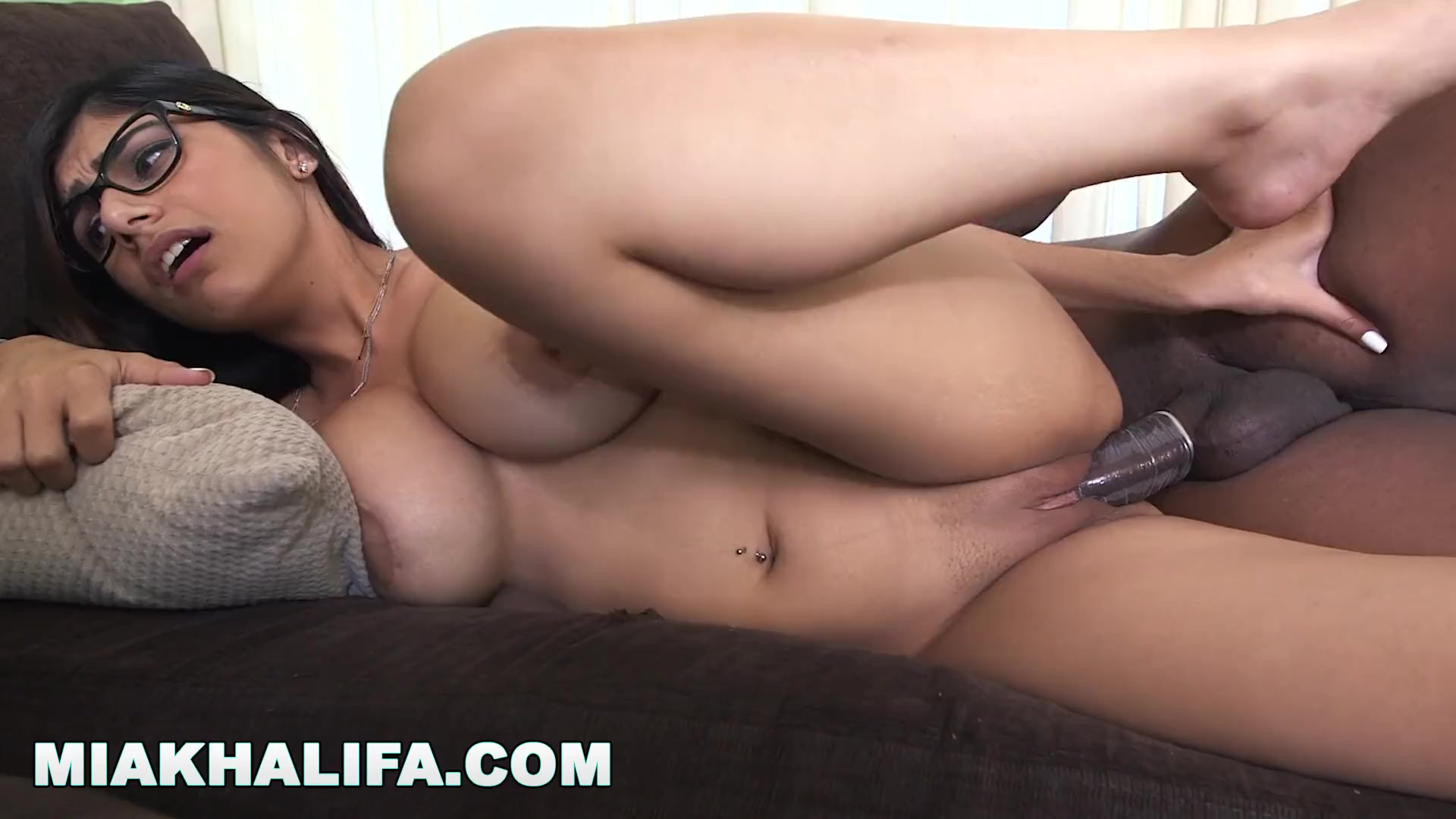 Mindy main porn