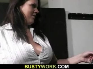 Plumper rides cock after pussy licking