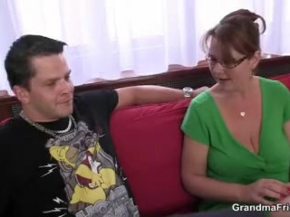 Mature woman gets her throat and ass banged