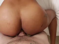 pussy_1977140