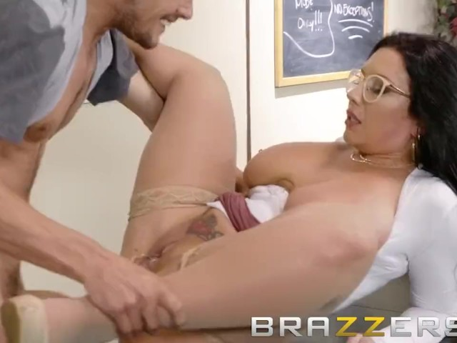 Brazzers Back To University Curvy Big Tit Librarian Wants Some