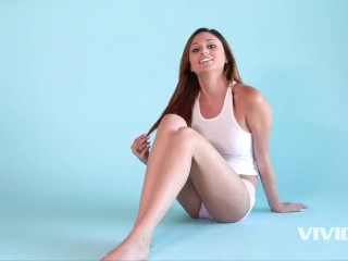 Vivid.com - Smoking babe Ariana explains why she loves to fuck in the morning