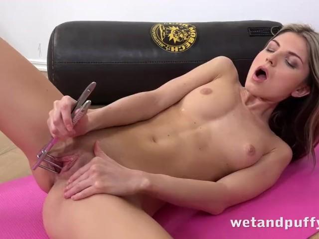 Ebony Squirt Masturbation Hd
