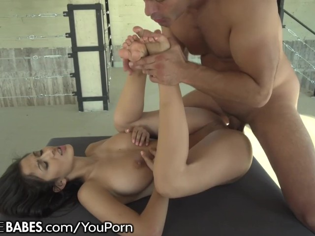 Sucking Chinese Toes Hd