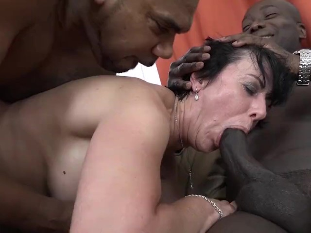 Granny Threesomes With 2 Black Men Shoving Cocks In Her -3176