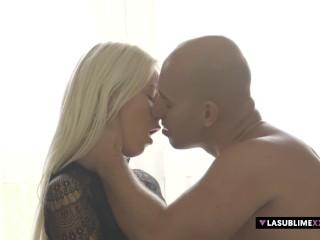Hot Karol Lilien pleasures her man's massive dick