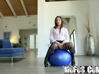 Mofos - Latina Sex Tapes - Abella Dangers Sloppy Blowjob