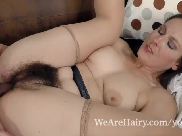 Big Fat Hairy Pussy Creampie