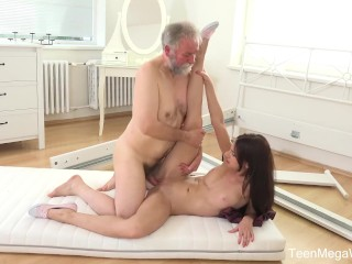 Old-n-Young.com – Lana Ray – Sweetie takes old cumload on tits