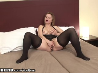 Curvy Matures Hairy Puss Stuffed with Black Dick