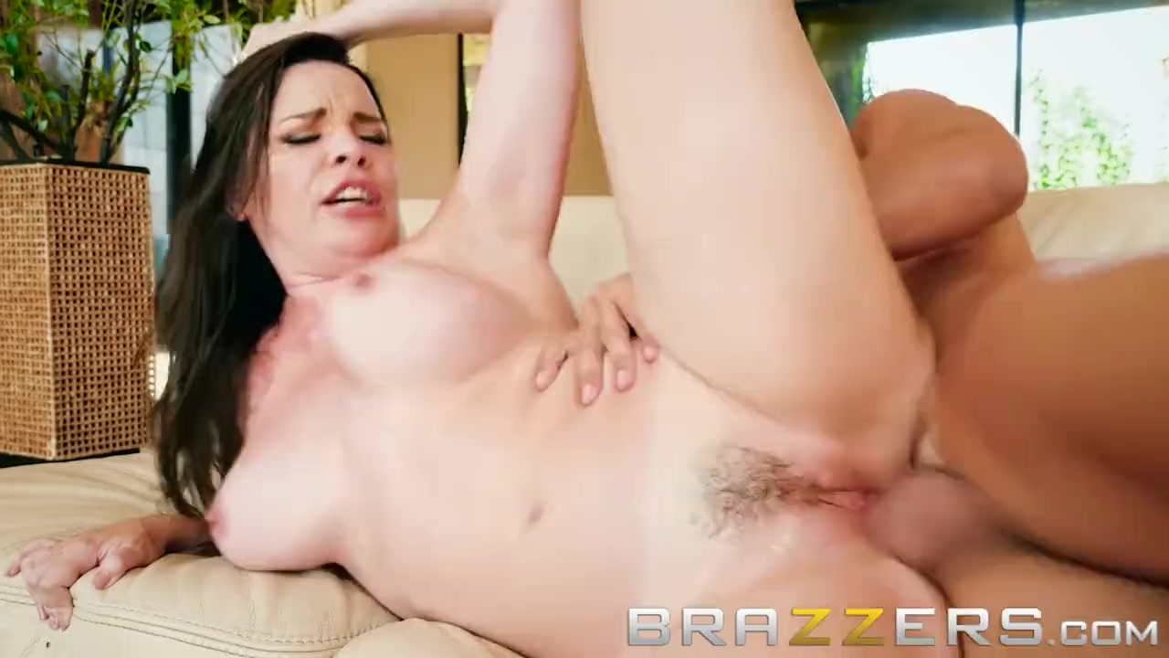 Fucking the boss wife